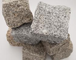 Various cobbles